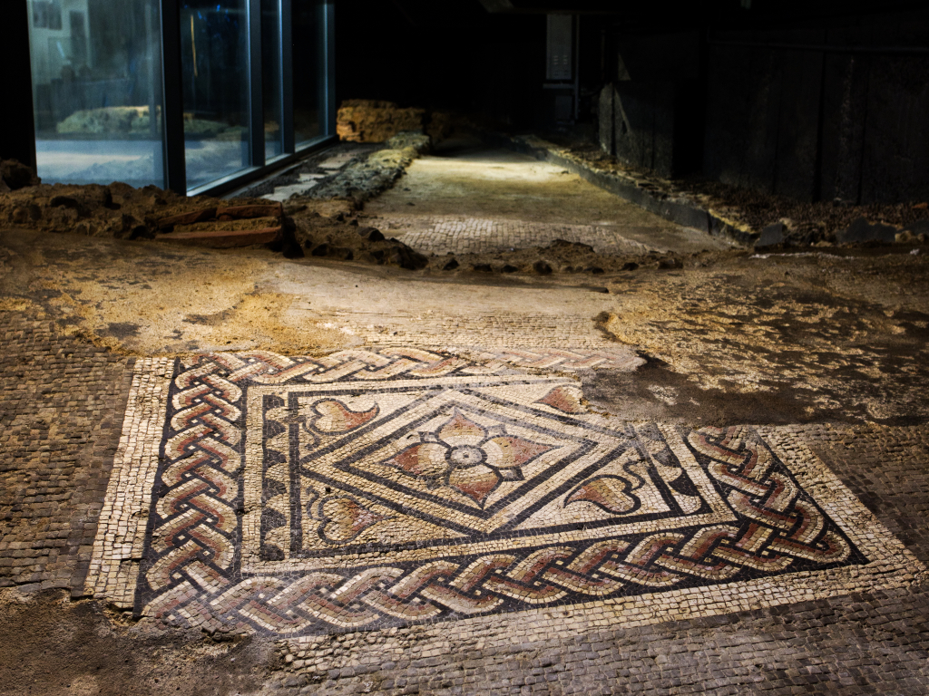 Plan your visit to Canterbury Roman Museum
