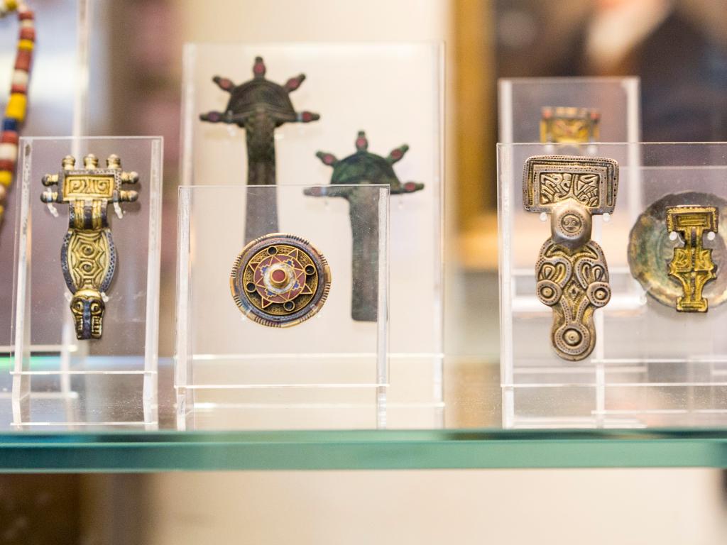 Anglo-Saxon jewels